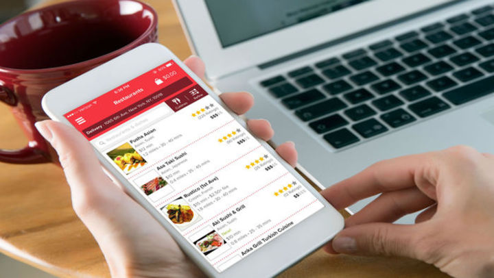 Essential Features That Make An Outstanding Restaurant App